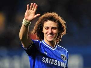 david luiz waving